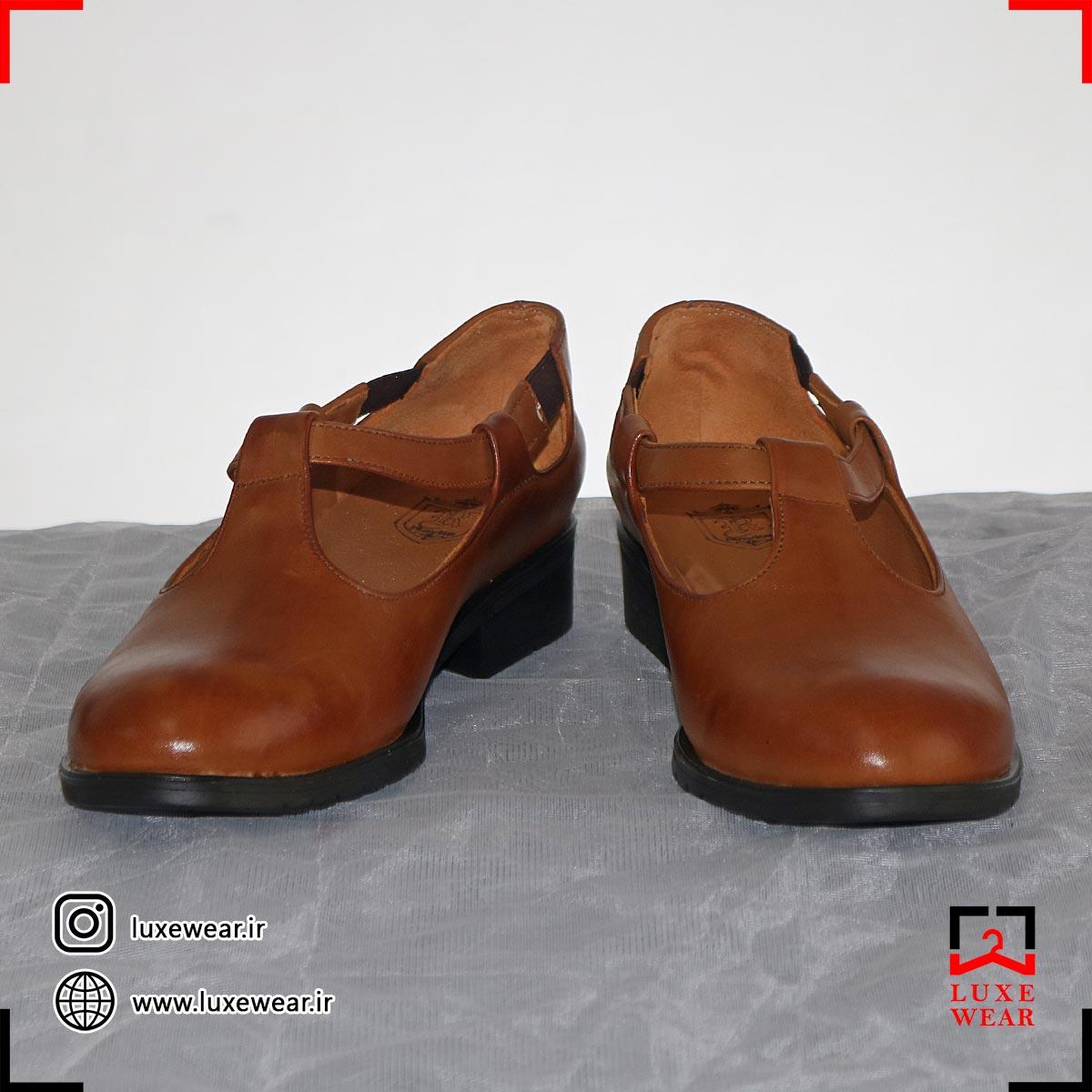 کفش چرم پاشنه کوتاه